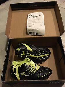 Size 9 toddler spikes