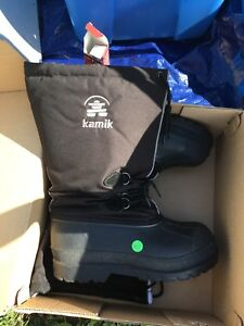 Men's Size 10 Kamik Winter Boots
