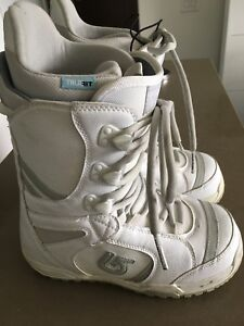 Women's Burton Snow Board Boots - Great Condition