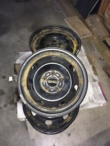 16in Steel Rims with TPMS (5x114.3)