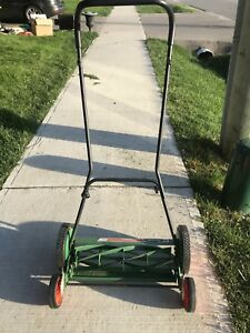 "Scotts 2000-20 20"" Classic Push Reel Lawn Mower"