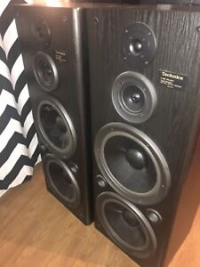 Technics speakers tower  Perfect condition  SB-A52