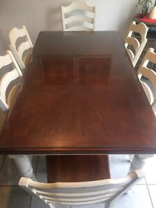 Wood Kitchen table/6 chairs