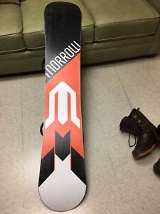 MORROW SNOWBOARD CLUTCH 158 + BINDERS BOOTS - EXCELLENT