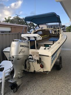 Sportsman Craft Half Cabin 4.90m 1996 Honda 4 Stroke outboard