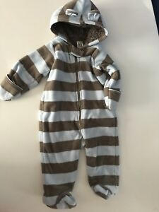 Carters size 6M