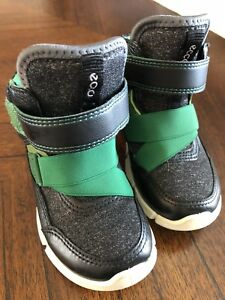 Ecco toddler size 7 high tops runners