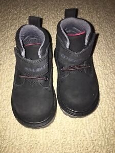 Skechers size 5 toddler suede boots