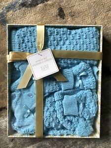 Baby boy 4 piece set $13 BNIB