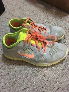 Nike runners size 7.5