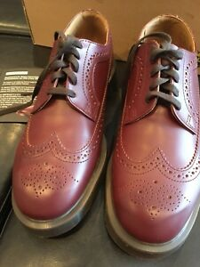 BNIB Dr. Martens 3989 Brogue men's shoe