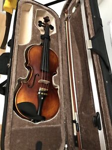 Soyoto GV36.  3/4 violin fiddle with Pirastro Tonica String