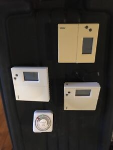 Digital Thermostats and Timer