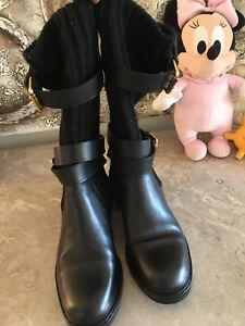 Authentic Gucci Leather/Sweater boot