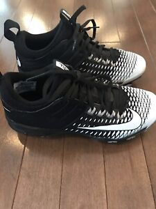 Youth Nike ball cleats size 4.5