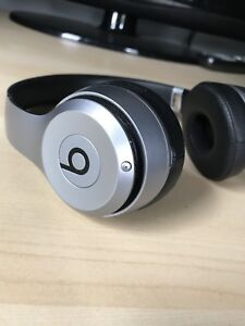 Beats Solo 2 Wireless - Special Edition Space Gray