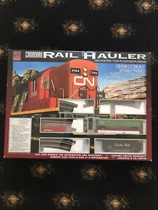 Canadian Rail Hauler Model Train Set