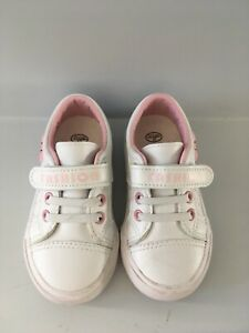Size 6.5 toddler shoes