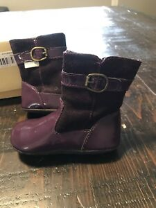 Girls purple boots