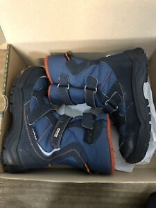 Boys winter boots- size 33