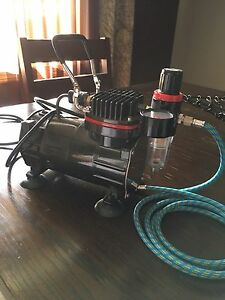 AIRBRUSH AND COMPRESSOR !