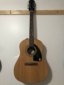 Acoustic guitar Epiphone in good shape