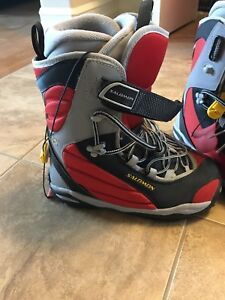 Women's size 7 snowboard boots