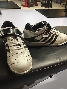 Adidas men's size 7 weightlifting shoes