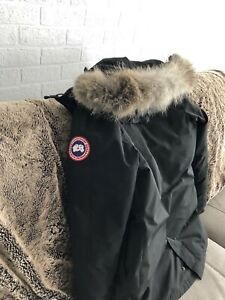 Canada Goose Parka XS Womens
