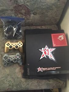 PS3 10 games 2 Controllers