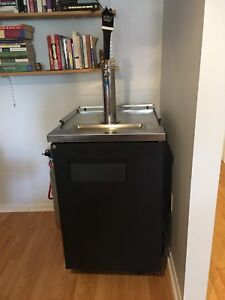 True TDD-1 beer fridge commercial or home brewing