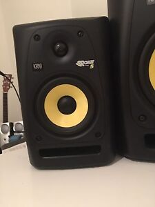 Krk rokit 5s gen2 studio monitors (speakers)