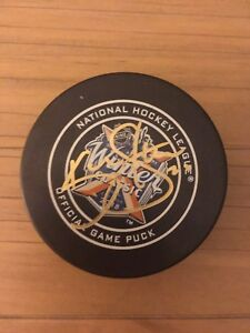 Autographed Kevin Shattenkirk puck