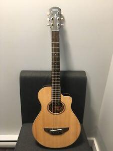 Yamaha APXT2 3/4 size acoustic-electric