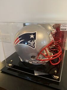NE Patriot's Tom Brady Helmet signed