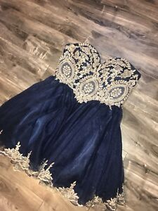 SZ 14 NAVY AND GOLD PROM DRESS