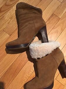 Authentic ugg boots size 8