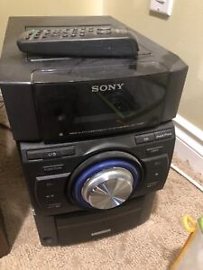 Sony stereo with phone dock