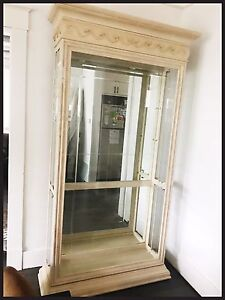 Glass/Mirror/lights Display Case... Very Large