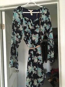 Floral maternity dress size M worn once