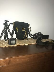 Nikon d5100 DSLR camera. (NEGOTIABLE)