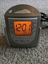 Timex T309T Nature Sounds Radio Alarm Clock