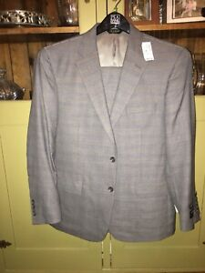 Jos A Bank Men's Suit - NWT 42 Short