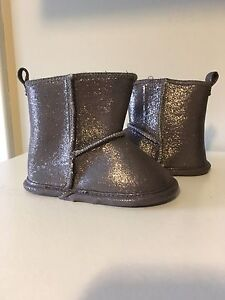 Girls/Infant Boots~size 4