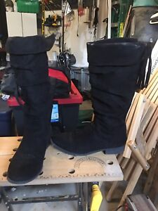 Girls zip up boots (8) from Justice