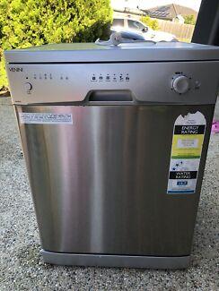 Venini freestanding dishwasher