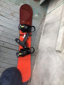 Snowboard/helmet/boots/goggles/planche a neige