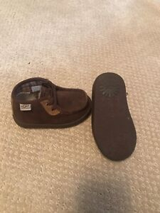 EUC Boys Authentic Ugg Boots