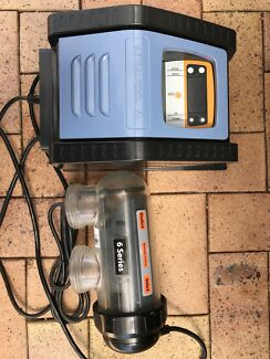 Austral pool 6 series E25 salt chlorinator