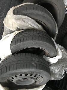 4 jantes d hiver 15 po 5x100 + 4 pneu d'hiver 185 65 15
